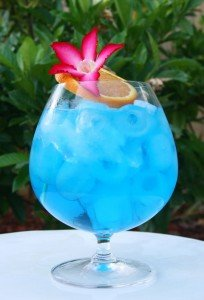 1383789496_Blue-Ocean-cocktail